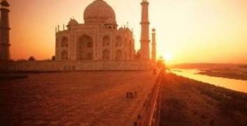 10 of the Most Important Landmarks of India Not to Miss