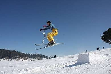 Best Winter Sports Destinations in India