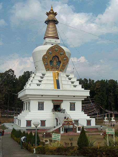 Great_stupa_in_Mindroling