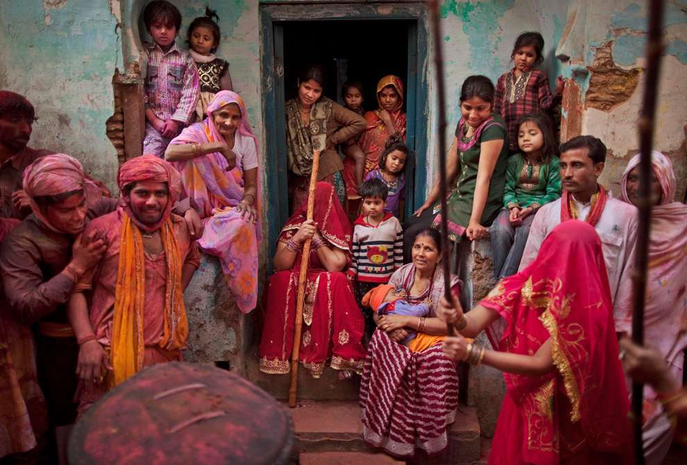 Holi Celebrations in India - Photographs of Lathmar Holi10