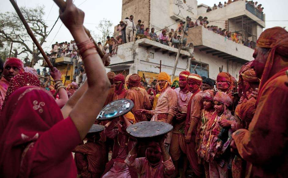 Holi Celebrations in India - Photographs of Lathmar Holi21