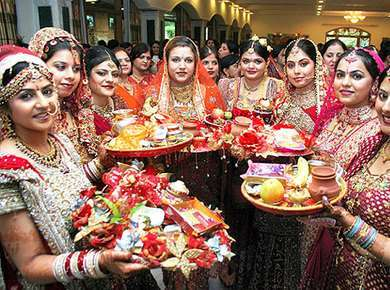 Karwa Chauth- A Festival to Strengthen the Relationship of Knots