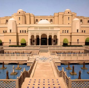 Luxurious Places to Stay in India