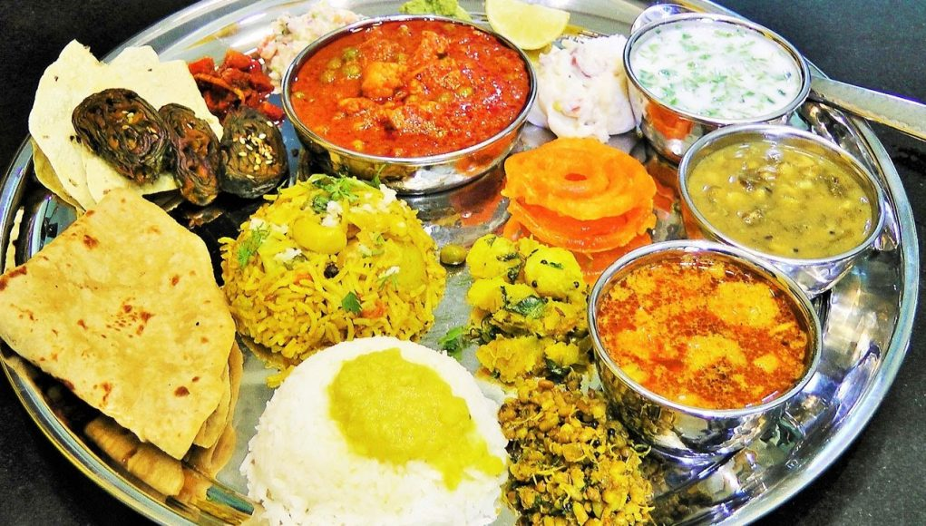10 most popular maharashtrian dishes maharshtrian cuisine for Artisan indian cuisine