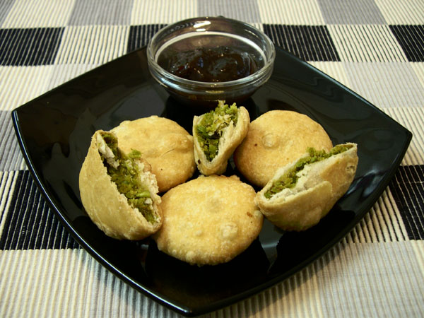 recipe_of_matar-kachori-.jpg