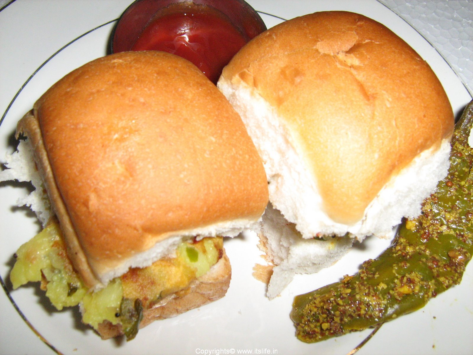 recipe_of_vada-pav.jpg