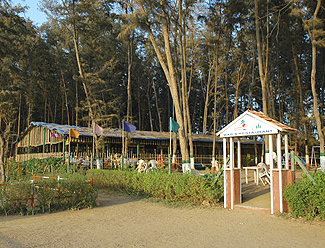 Jampore Beach Resort