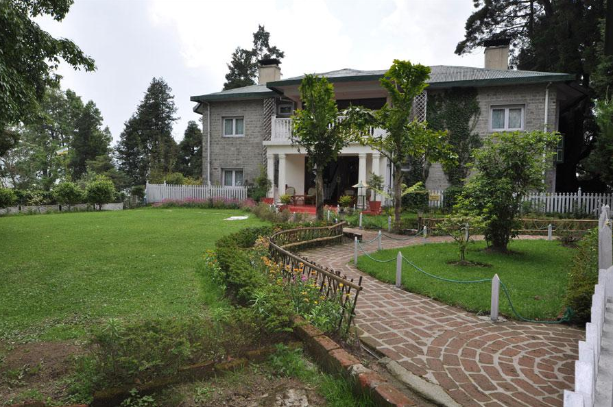 WelcomHeritage Windamere Hotel