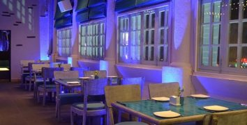 restaurant_white-waters_in_connaught-place-delhi.JPG