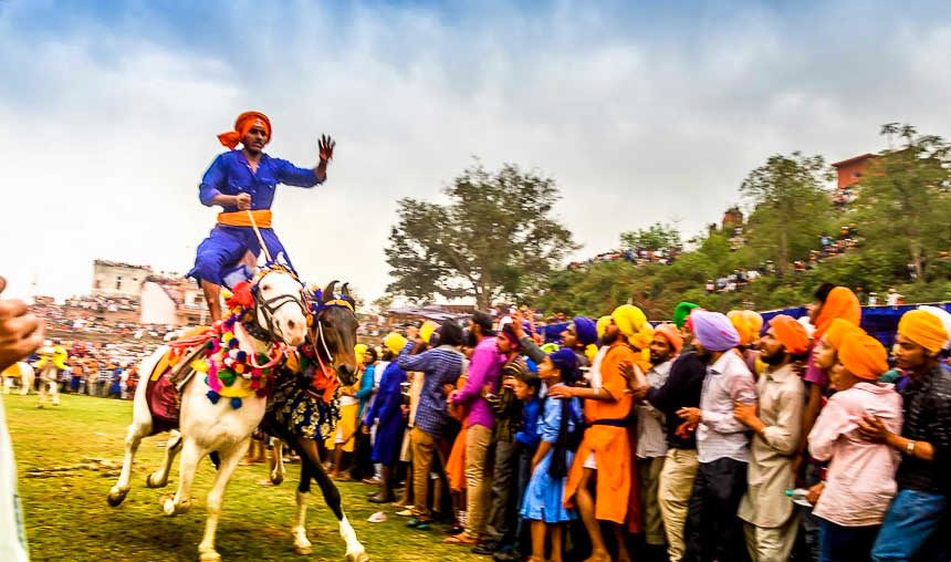 when_is_Hola-Mohalla_in_2017.jpg